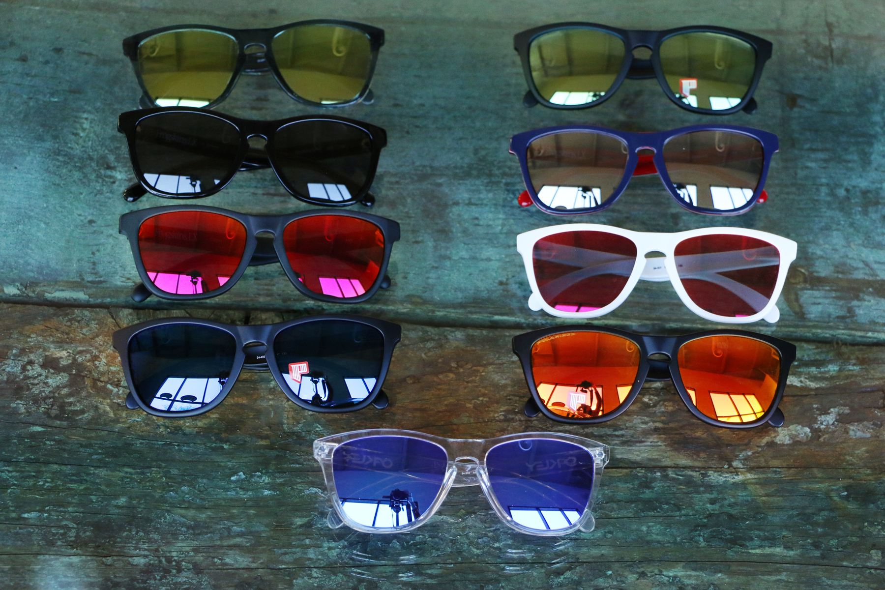ac6fe5e40f41 Oakley Frogskins. Get wit  it and get ribbit.