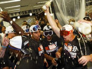 Tigers Clinch AL Central in Oakley Snow Goggles