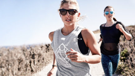 2016 Oakley Campaign: New Arrivals for Men & Women