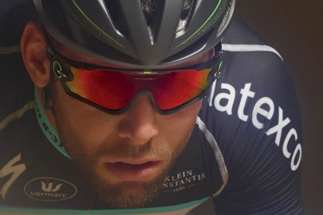 Mark Cavendish wearing Oakley Jawbreaker