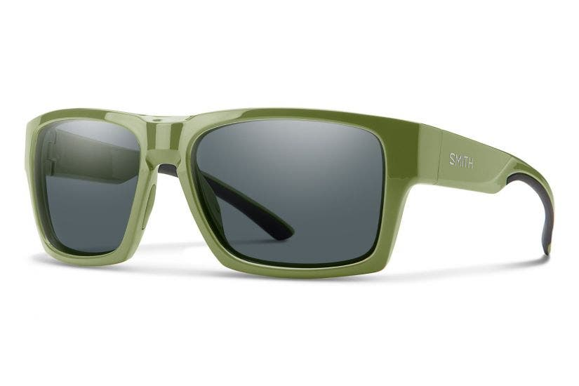 SMITH Outlier XL 2 with Moss Frames & Carbonic Gray